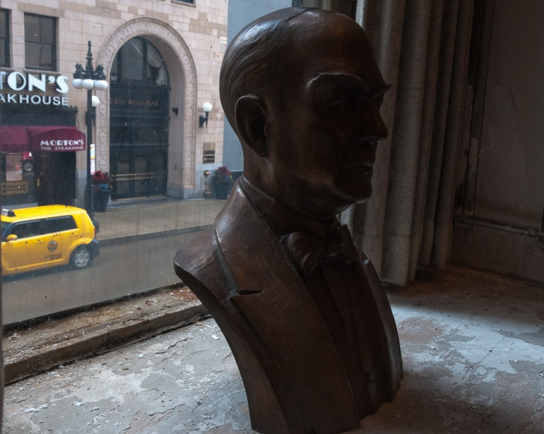 Bust in a Chicago window